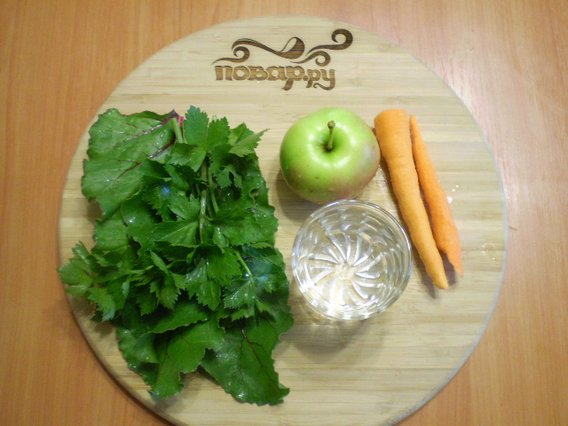 Зеленый коктейль с морковью