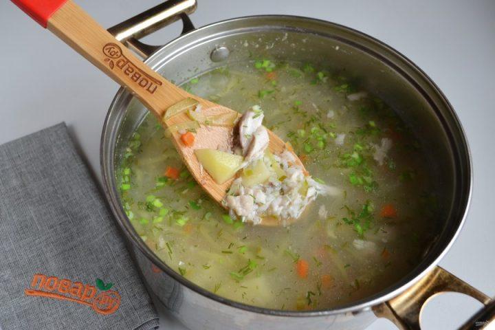 Рыбный суп с солеными огурцами