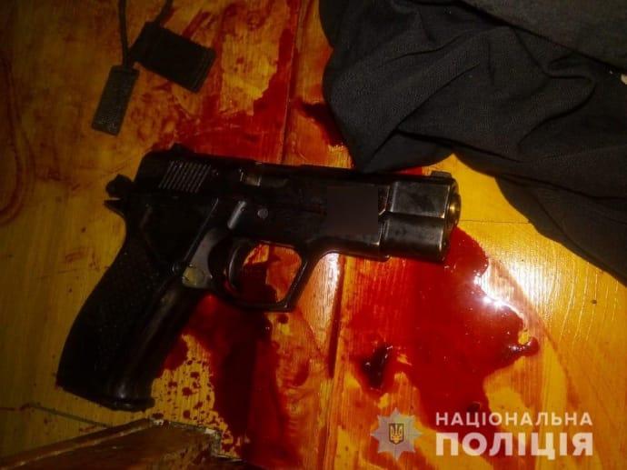 На Сумщині підстрелили кандидата у депутати люди одягнені в поліцейську форму