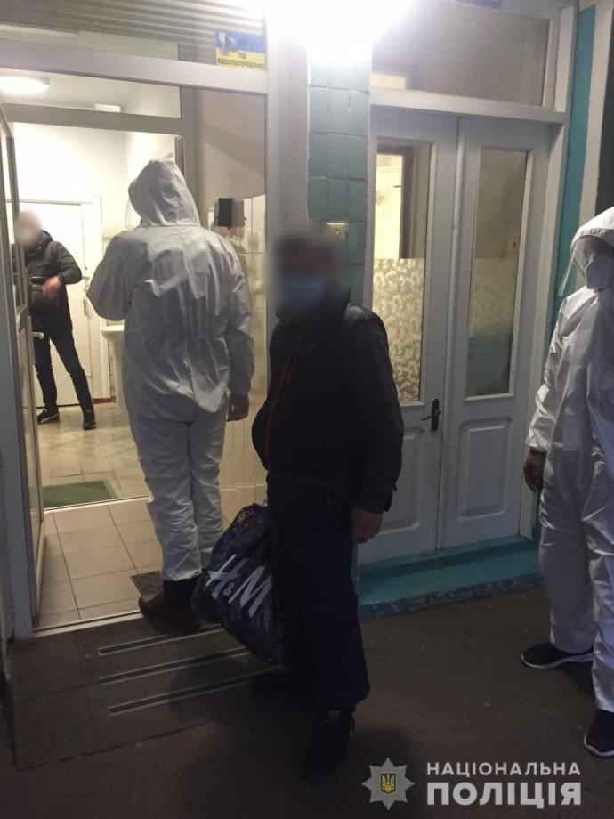 Душевнохворий з коронавірусом утік з лікарні у Харкові