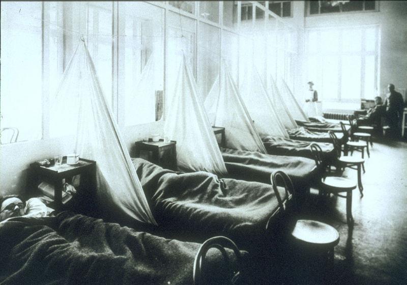 Americké jednotky choré na španielsku chrípku vo tábore vo francúzskom meste Aix-les-Bains. Zdroj - Wikimedia