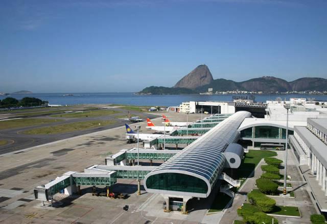 Aeroporto Santos Dumont passa por obras em sua pista principal