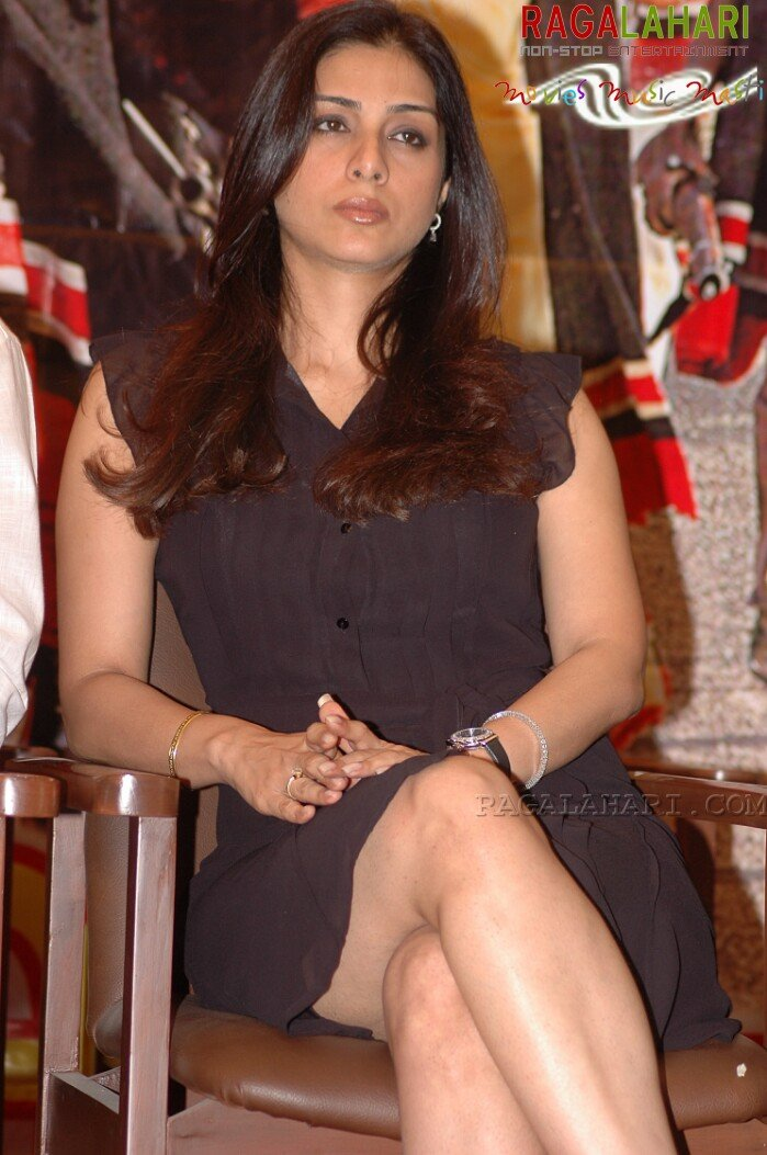 Skirt is too short, so what if my gigantic legs are showing off in full glory? Says Tabu