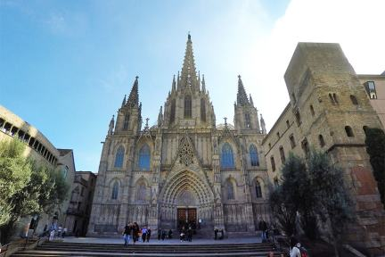 巴塞隆納 Barcelona | 主教座堂 Catedral de Barcelona 聖女長眠的養鵝殿堂