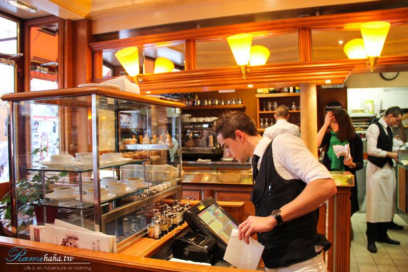 Le Quasimodo Notre Dame-paris-resturant-巴黎-餐廳-美食-推薦-食記-塞納河畔-巴黎聖母院-西堤島旁-帥哥服務生