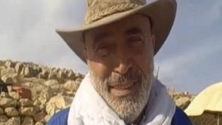 Ezra Yizhak - Mr Norris's former partner