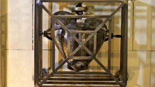 His heart was preserved since the 13th century and has been a major pilgrimage site