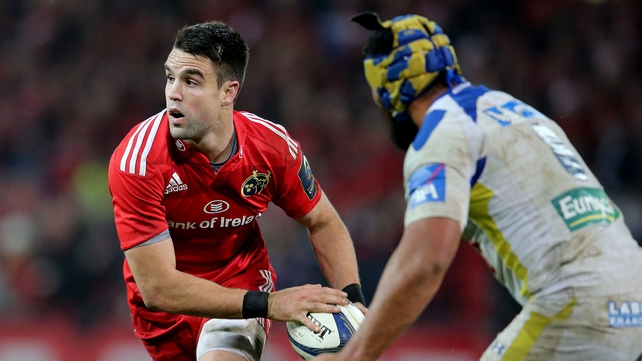 Clermont's Fritz Lee lines up Munster's Conor Murray