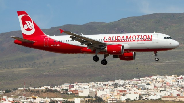 Ryanair has bought the remaining quarter of its unit Laudamotion