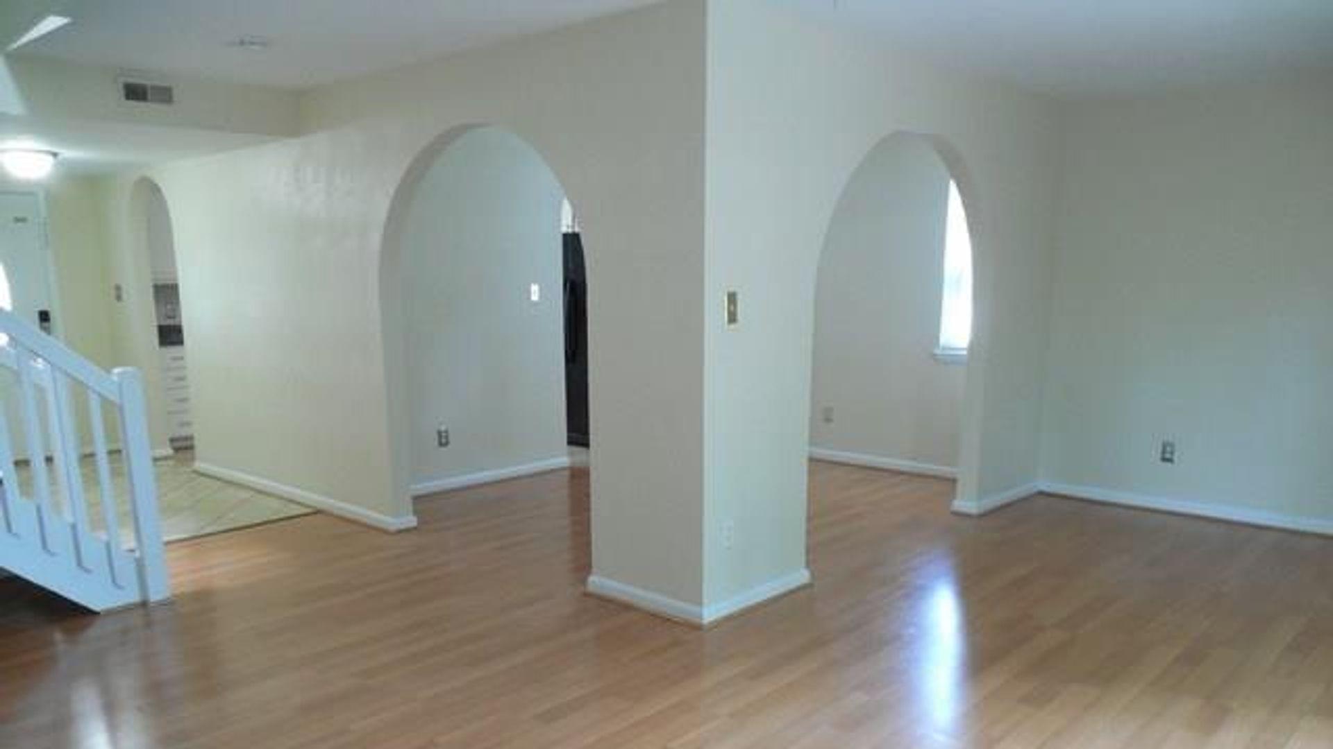 4 Bed Apartment At Barrington Drive Virginia Beach