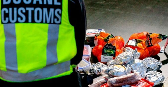 Dutch officials confiscate ham sandwiches from UK visitors | BreakingNews.ie
