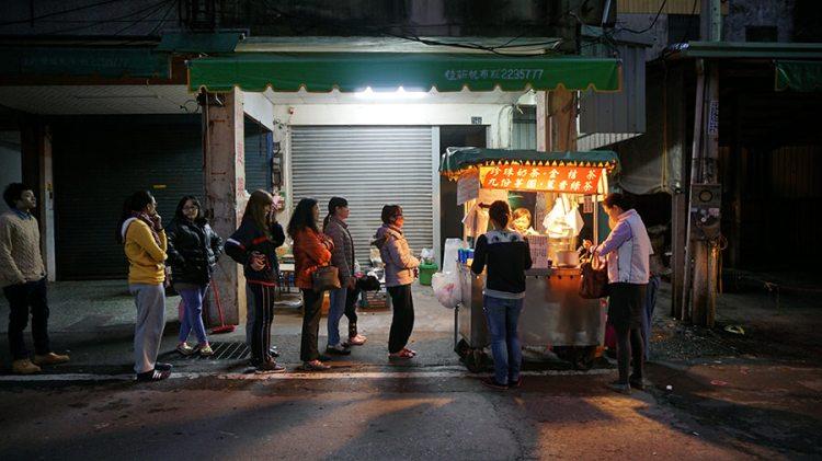 南投》令人懷念 「珍珠奶茶」 南投夜市|小攤販|黑輪