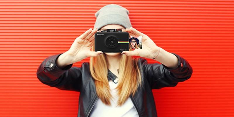 「新機資訊」首款觸碰螢幕拍立得 Polaroid  SNAP TOUCH 簡單 輕巧 多種拼貼玩法