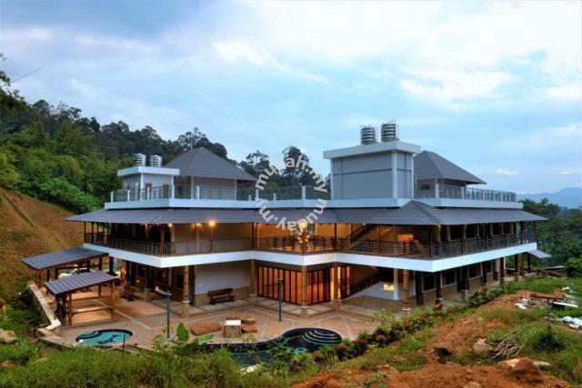 D Villa Janda Baik