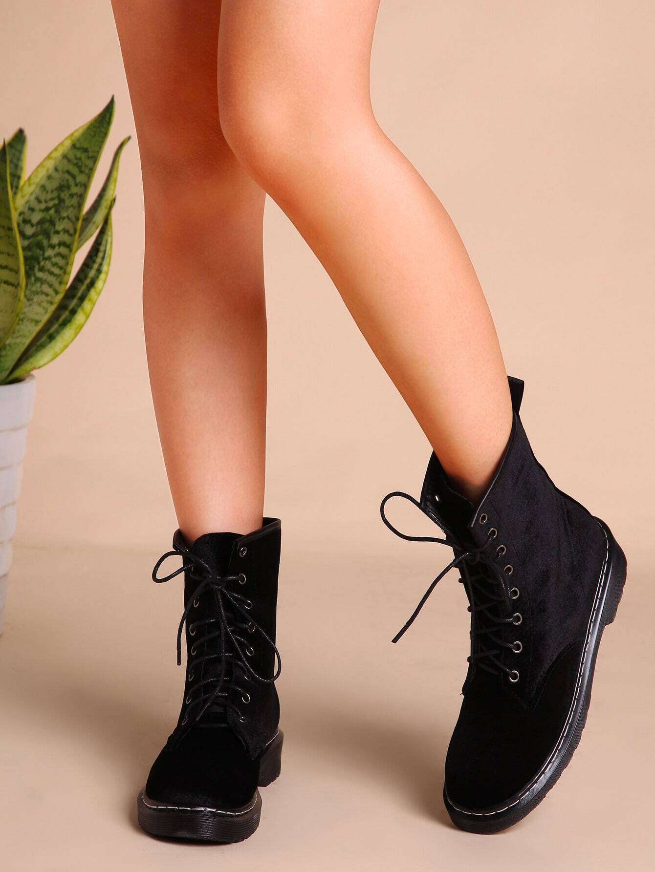Velvet Lace Up Short Boots BLACK