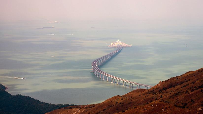 FOTOS: China abre el mayor puente marítimo del planeta, pero no para todos los conductores