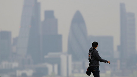 Tory inaction on emissions 'insults people dying from air pollution,' say green lawyers