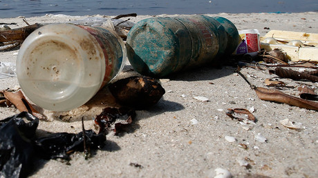 10,000 metric tons of plastic debris enter Great Lakes every year – study