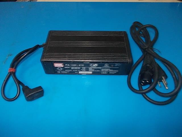 電動機車~電動自行車~24V電池**快速充電器**型號PA-120M-27C~輸出電壓DC27.6V/4.A - 露天拍賣