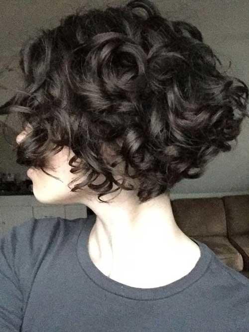 Curls em um kara com alongamento