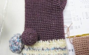 [編織] 第一次的編織課好熱血 !毛球手套。