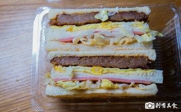 胖丁碳烤三明治 | 台中西屯區美食 網路超人氣三明治 粉紅餐車很吸睛 (星期日公休)