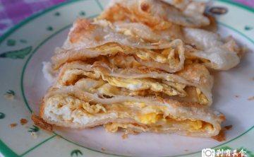 澎湖早點 | 台中北區美食 超人氣手工現擀酥皮蛋餅 只有一種口味94狂 餛飩湯是標配 ( 早餐限定 )