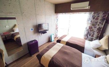 [那霸住宿]CONDOMINIOMAKISHI ANNESSO公寓式酒店  還有800日幣酒精飲料喝到飽的VERNONA酒吧