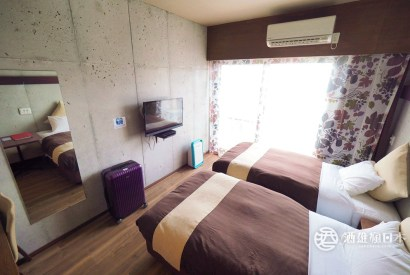 [沖繩那霸住宿]CONDOMINIOMAKISHI ANNESSO公寓式酒店  還有800日幣酒精飲料喝到飽的VERONA酒吧