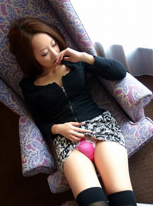 【三次】パンツ見えてる女の子のエロ画像part2・10枚目