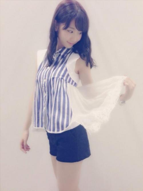 【三次】この巨乳で…色々と妄想できそうなAKB48柏木由紀ちゃんのおっぱいエロ画像・19枚目