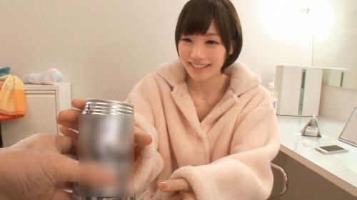 【三次】撮影中の水分補給は全て酒!鈴村あいりちゃんがほろ酔いエロエロモードになって濃厚セックスしちゃってるエロ画像・12枚目