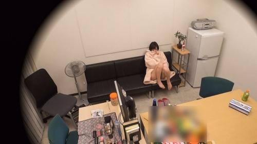 【三次】撮影中の水分補給は全て酒!鈴村あいりちゃんがほろ酔いエロエロモードになって濃厚セックスしちゃってるエロ画像・15枚目