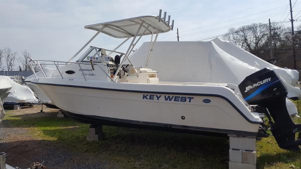 Key Boat 2020 Console 2006 West Dual