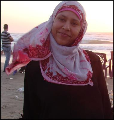 Gaza beach vox pop -woman