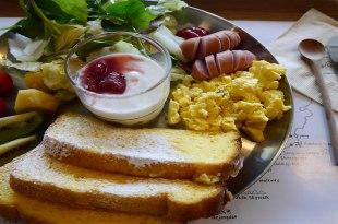 """釜山/南浦洞~不只有好吃的早午餐還提供親切旅遊諮詢的""""check in Busan"""""""