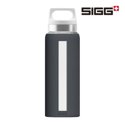 SIGG Dream 玻璃水壺 0.65L 深灰 from friDay購物 at SHOP.COM TW