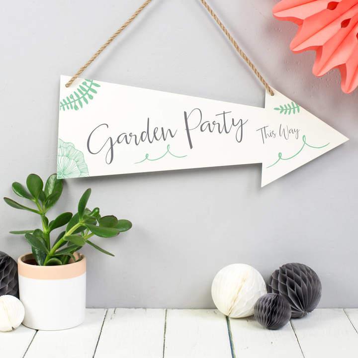 Delightful Living Garden Party Metal Arrow Sign