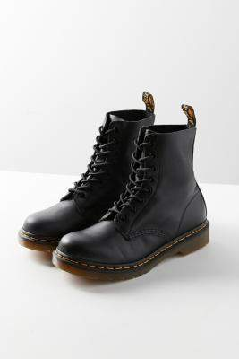 Dr. Martens Pascal 8-Eye Black Boots - black UK 7 at Urban Outfitters