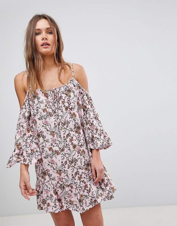 En Crme En Creme Cold Shoulder Floral Dress With Tassel