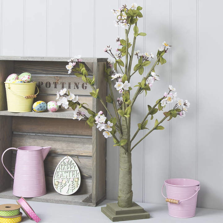 The Chicken And The Egg Blossom Easter Tree