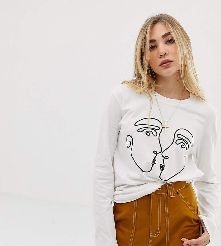Reclaimed Vintage inspired long sleeve t-shirt with kissing faces print in white