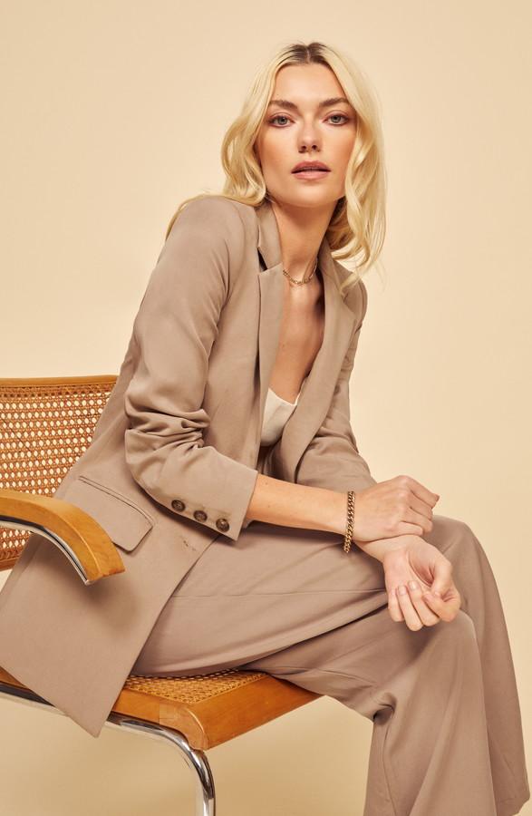 Essential Wardrobe Pieces For Everyone, blazer