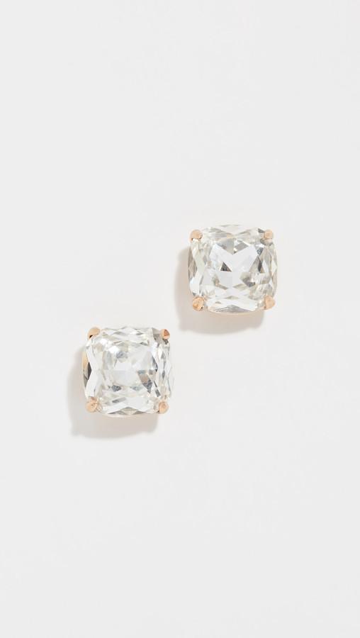 Small Square Stud Earrrings