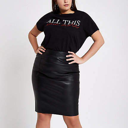 Womens Plus Black faux leather pencil skirt