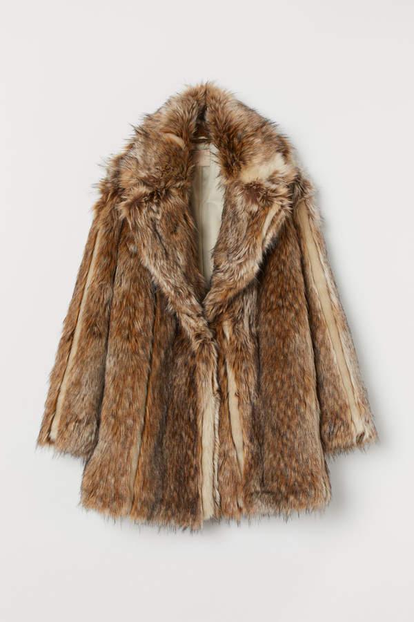H&M Short faux fur coat