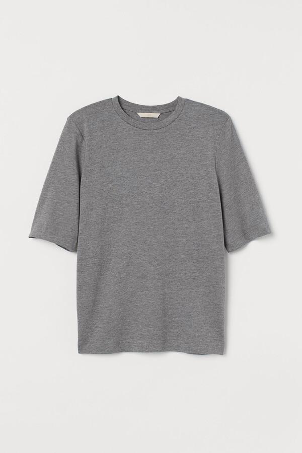Shoulder-pad T-shirt