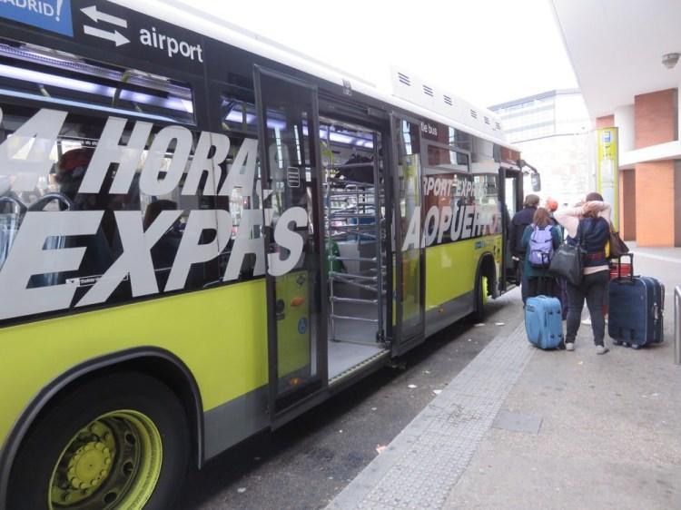 機場寄放行李 巴塞隆納與馬德里機場 行李寄放