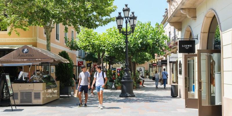 西班牙巴塞隆納羅卡購物村La Roca折扣季血拼心得交通策略