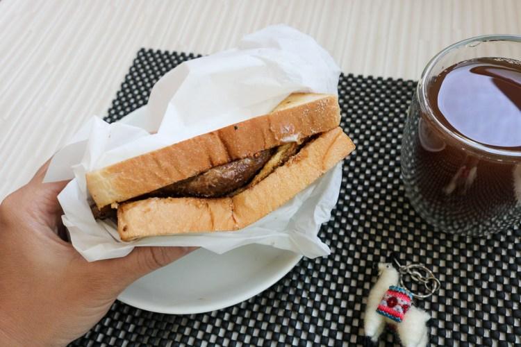 內湖美食伍梗肉蛋吐司會呼吸 東湖早餐大口吃肉推薦加辣